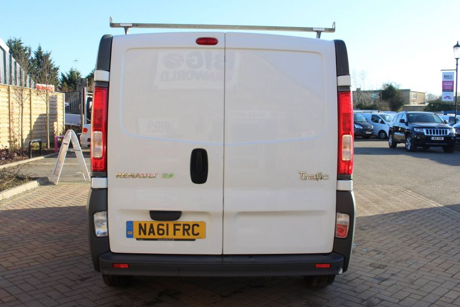 RENAULT TRAFIC SL27 DCI 115 L1 H1 SWB LOW ROOF - 7060 - 6