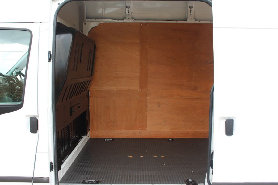 FORD TRANSIT 350 TDCI 125 LIMITED LWB HIGH ROOF FWD - 4893 - 21
