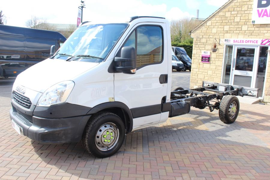 IVECO DAILY 35S11 3750 WB CHASSIS CAB - 7296 - 8
