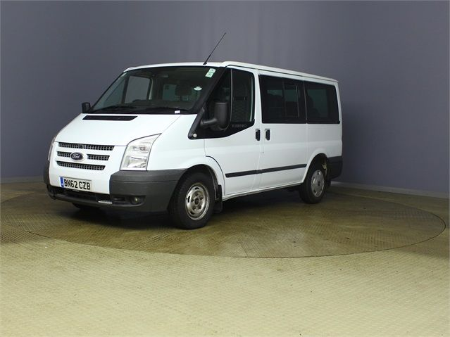 FORD TRANSIT 280 TDCI 125 TREND TOURNEO SWB LOW ROOF 9 SEAT MINIBUS FWD - 7621 - 5