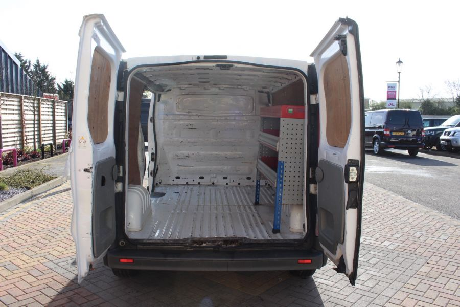 RENAULT TRAFIC LL29 DCI 115 LWB LOW ROOF - 7644 - 17