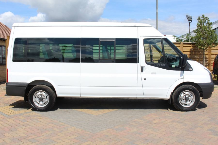 FORD TRANSIT 350 TDCI 135 LWB MEDIUM ROOF 14 SEAT BUS - 6413 - 4
