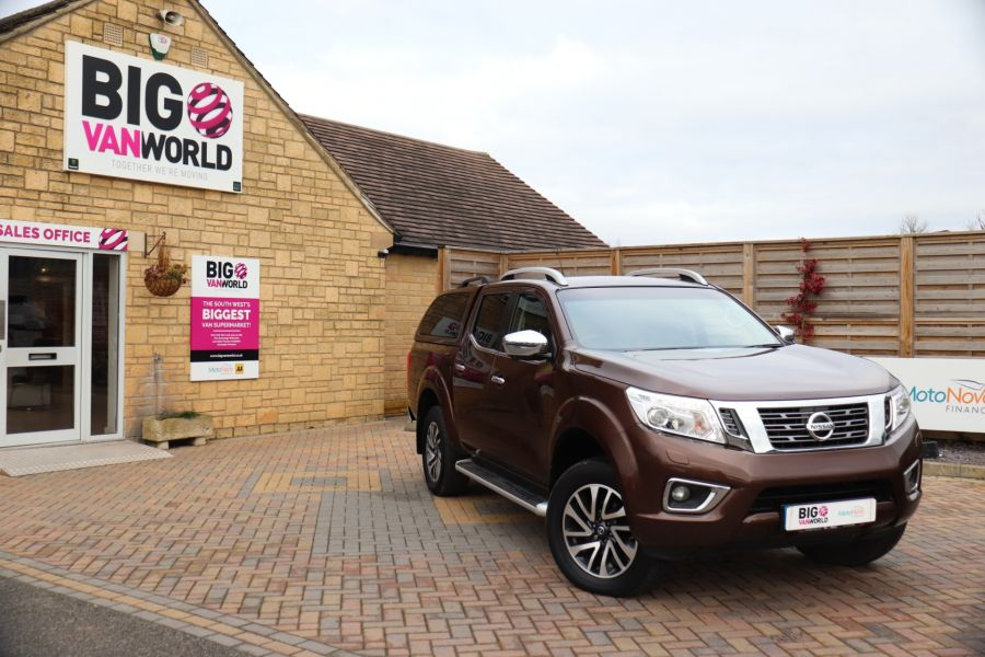 NISSAN NAVARA DCI 190 TEKNA 4X4  DOUBLE CAB WITH TRUCKMAN TOP AUTO - 10310 - 1