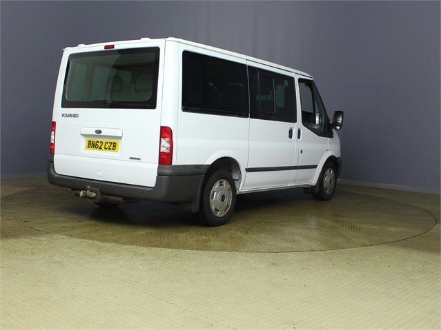 FORD TRANSIT 280 TDCI 125 TREND TOURNEO SWB LOW ROOF 9 SEAT MINIBUS FWD - 7621 - 2