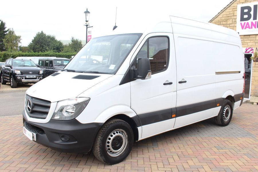 MERCEDES SPRINTER 313 CDI MWB HIGH ROOF 6 SEAT CREW VAN - 6303 - 8