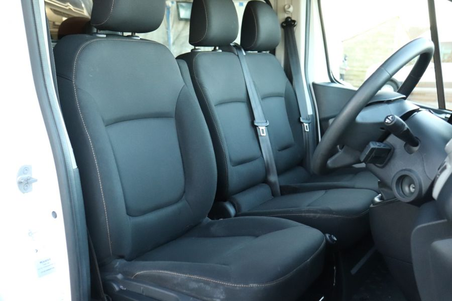 RENAULT TRAFIC SL27 DCI 115 BUSINESS SWB DOUBLE CAB 6 SEAT CREW VAN LOW ROOF  - 10282 - 12