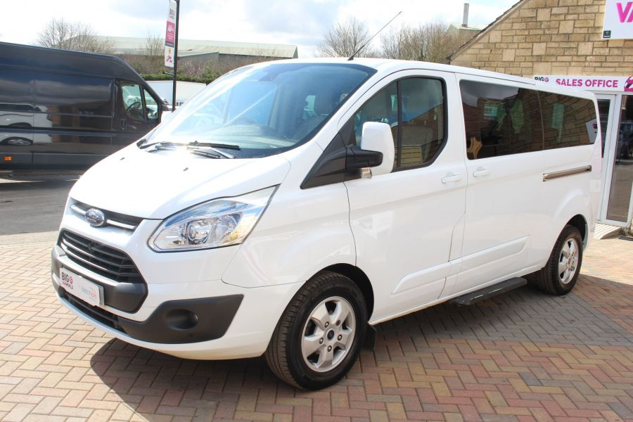 FORD TOURNEO CUSTOM 300 TDCI 125 L2 H1 LIMITED 9 SEAT MINIBUS SWB LOW ROOF FWD - 7215 - 8