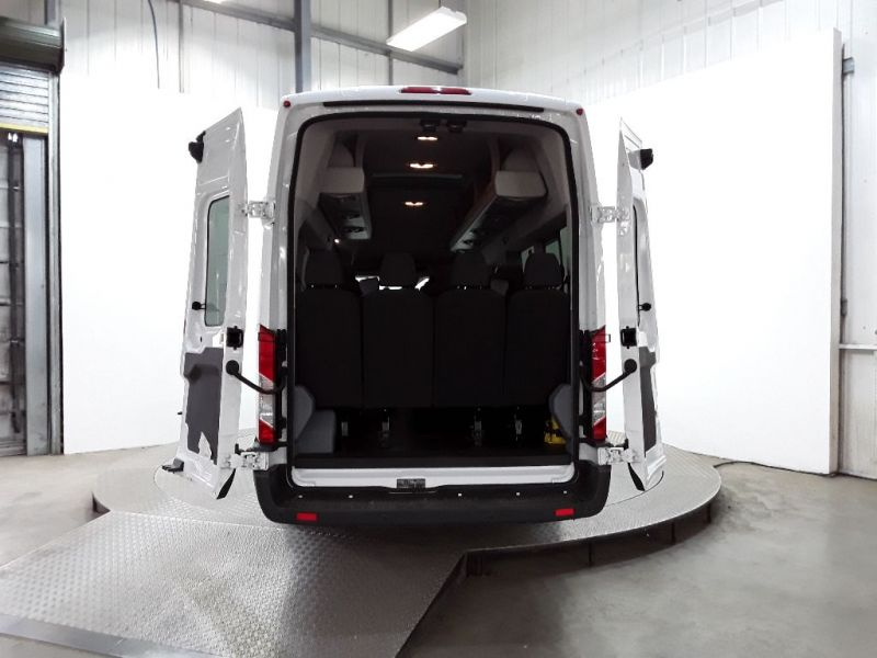 FORD TRANSIT 460 TDCI 155 TREND HIGH ROOF 17 SEAT BUS - 11303 - 4