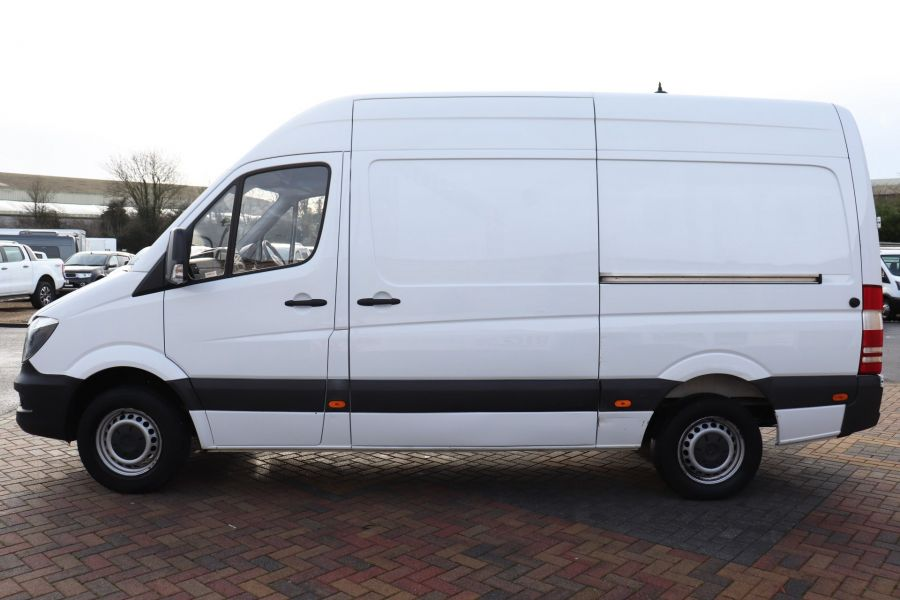 MERCEDES SPRINTER 314 CDI 140 MWB HIGH ROOF - 12097 - 11