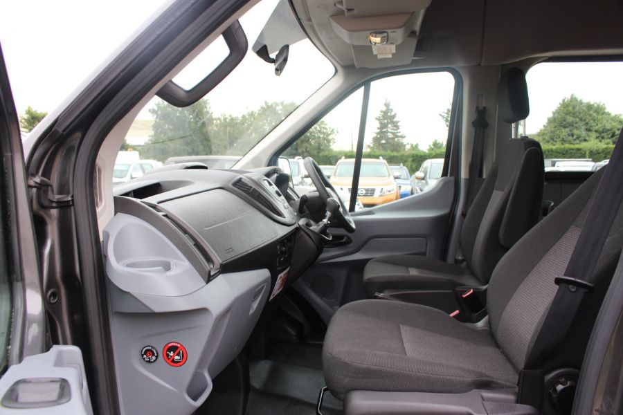 FORD TRANSIT 460 TDCI 155 L4 H3 17 SEAT BUS HIGH ROOF DRW RWD - 8132 - 16