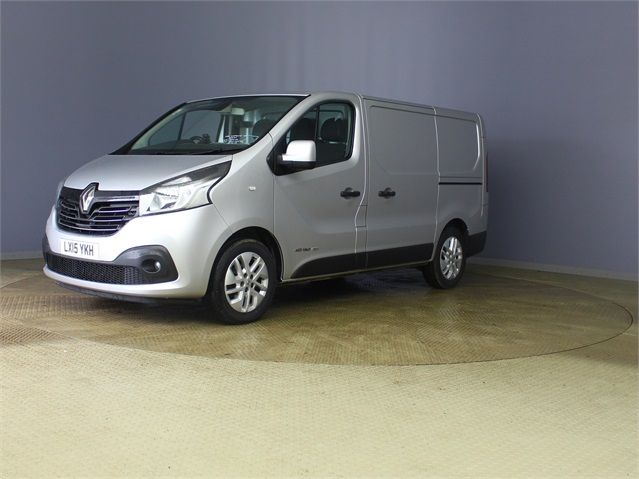 RENAULT TRAFIC SL27 DCI 120 SPORT ENERGY SWB LOW ROOF - 7629 - 5