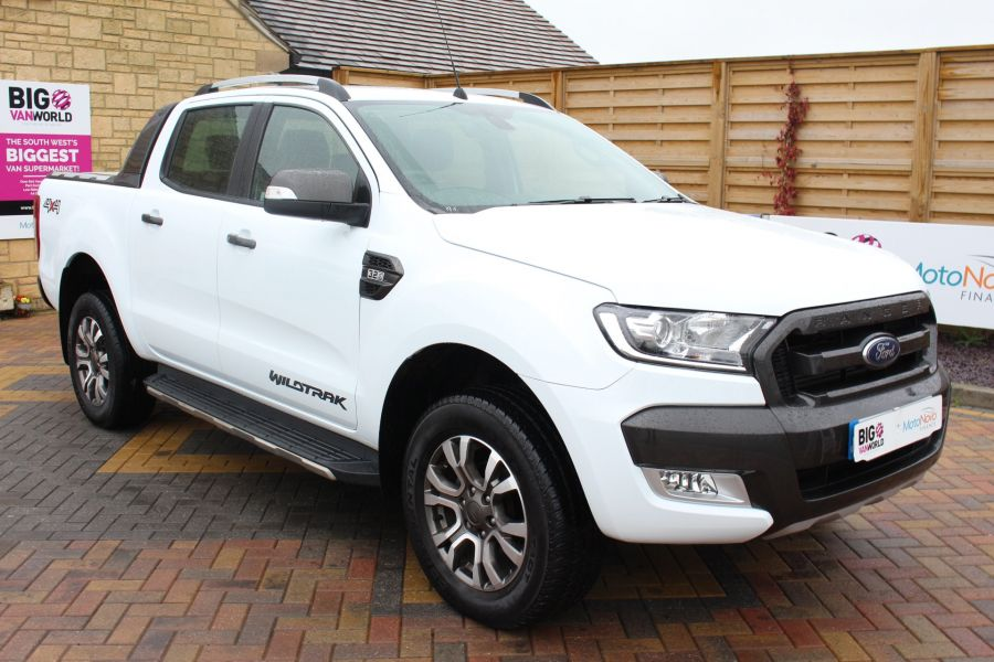 FORD RANGER WILDTRAK TDCI 200 4X4 DOUBLE CAB WITH ROLL'N'LOCK TOP - 7576 - 1