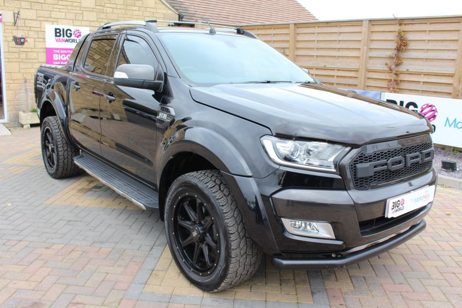 FORD RANGER WILDTRAK TDCI 200 4X4 DOUBLE CAB WITH ROLL'N'LOCK TOP - 8607 - 1