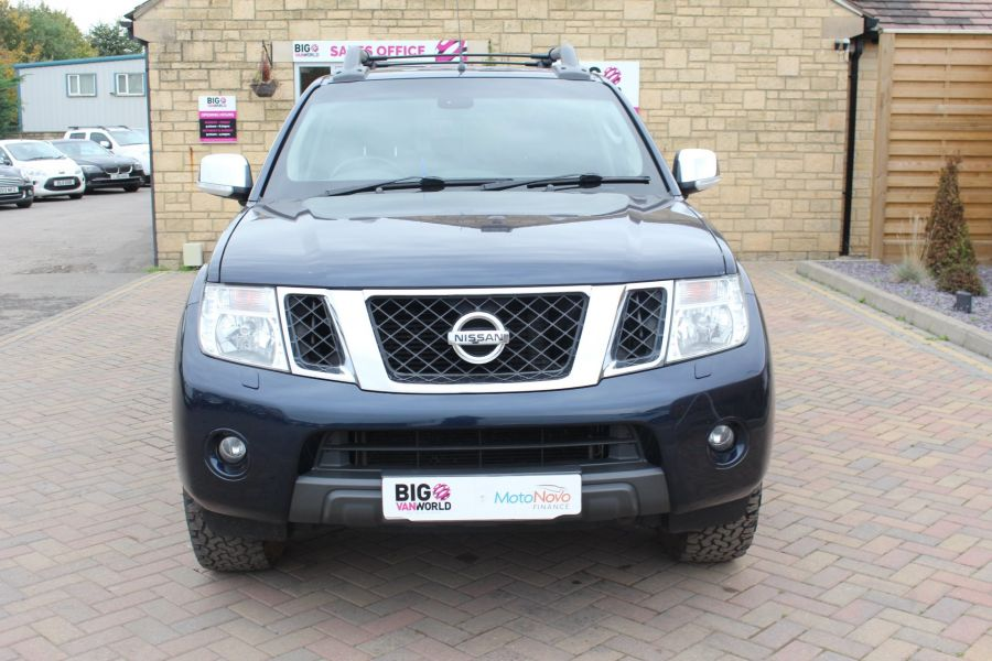 NISSAN NAVARA DCI 190 TEKNA CONNECT 4X4 DOUBLE CAB WITH TRUCKMAN TOP - 6786 - 9