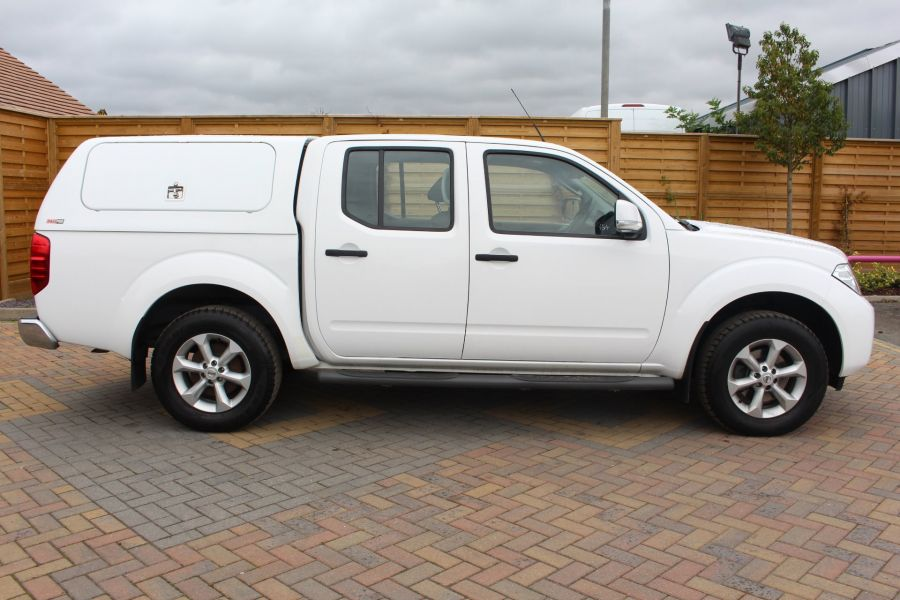 NISSAN NAVARA DCI ACENTA 4X4 DOUBLE CAB WITH TRUCKMAN TOP - 6447 - 4