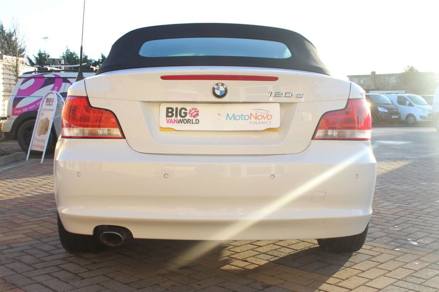 BMW 1 SERIES 120D EXCLUSIVE EDITION - 5886 - 7