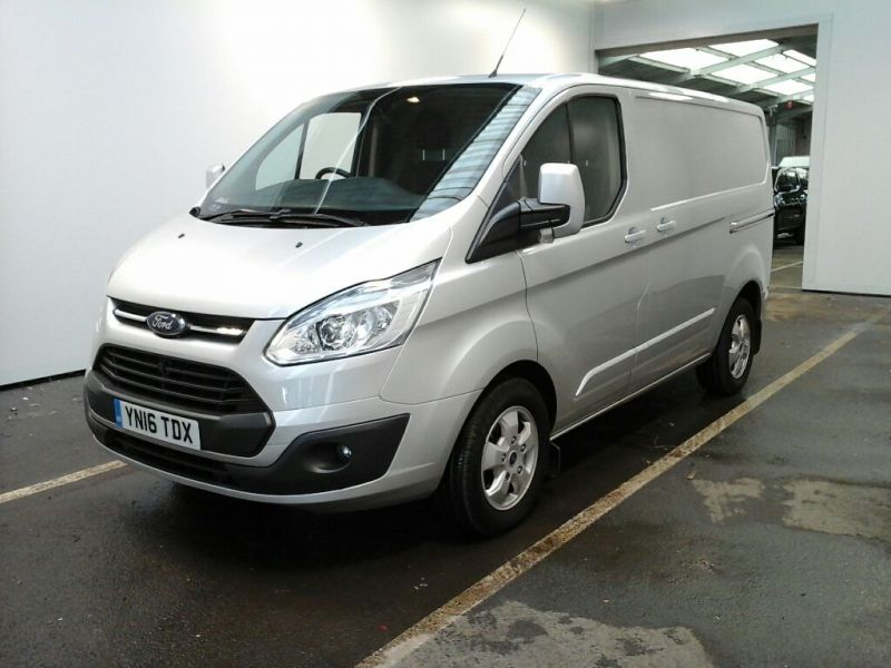 FORD TRANSIT CUSTOM 270 TDCI 125 L1 H1 LIMITED SWB LOW ROOF FWD - 9210 - 1