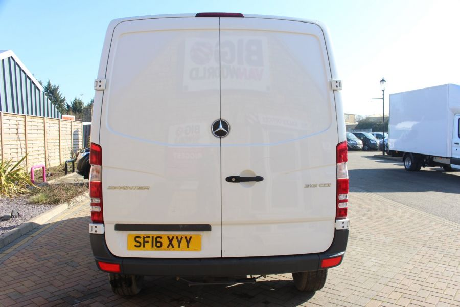 MERCEDES SPRINTER 313 CDI SWB STANDARD LOW ROOF - 8790 - 6
