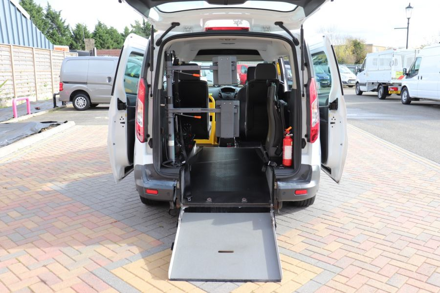 FORD GRAND TOURNEO CONNECT TDCI 95 COMBI VAN WITH WHEELCHAIR ACCESS - 11545 - 41