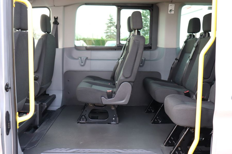 FORD TRANSIT 460 TDCI 155 L4H3 TREND 17 SEAT BUS HIGH ROOF DRW RWD - 10109 - 35