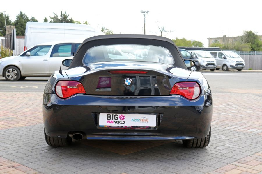 BMW Z SERIES Z4 2.0i SPORT ROADSTER 150 BHP CONVERTIBLE  (14313) - 12619 - 9