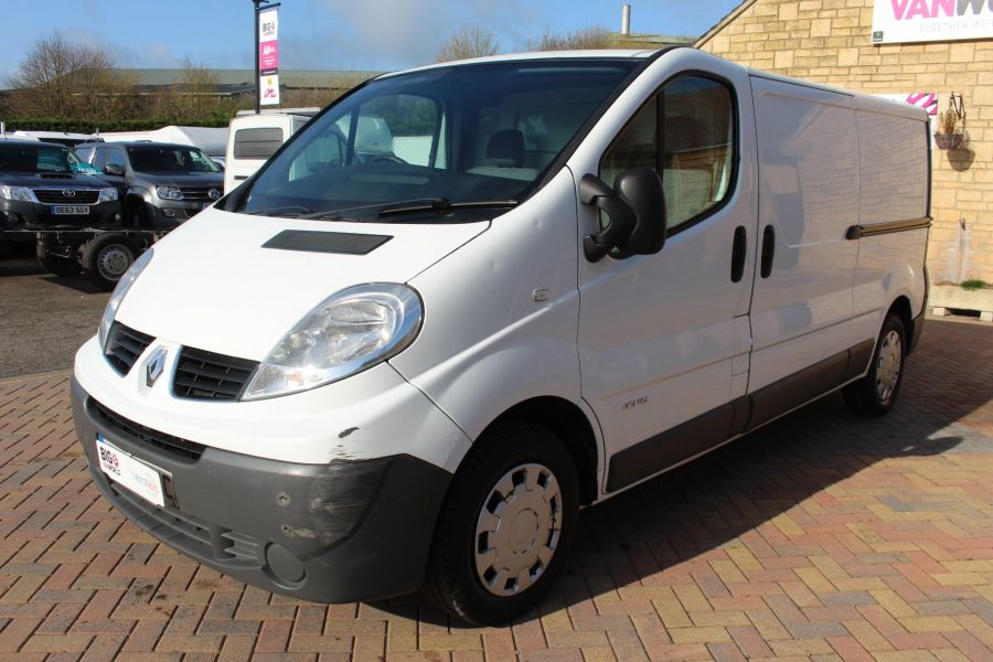 RENAULT TRAFIC LL29 DCI 115 LWB LOW ROOF - 7644 - 8