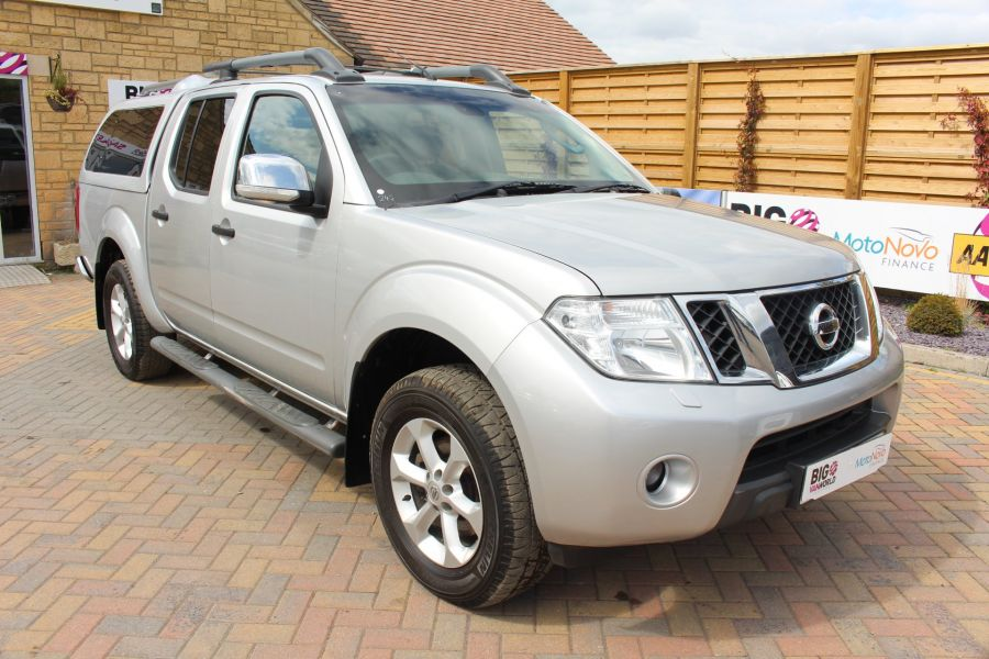 NISSAN NAVARA DCI 190 TEKNA CONNECT 4X4 DOUBLE CAB AUTO WITH TRUCKMAN TOP - 5975 - 3