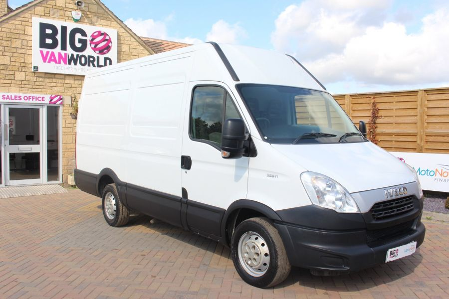 IVECO DAILY 35S11V MWB HIGH ROOF 3520WB - 6151 - 2