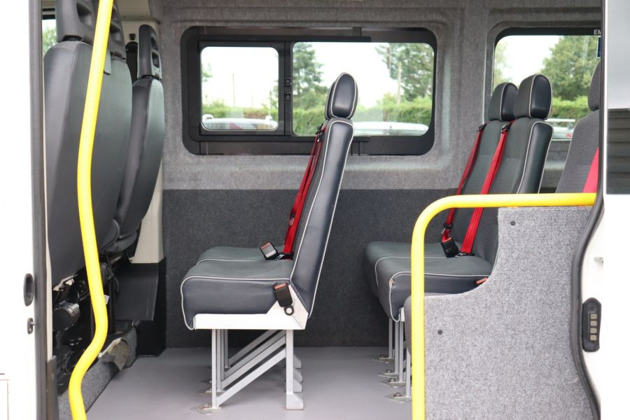 PEUGEOT BOXER 440 HDI 130 L4H2 17 SEAT BUS HIGH ROOF WITH WHEELCHAIR ACCESS - 9625 - 35