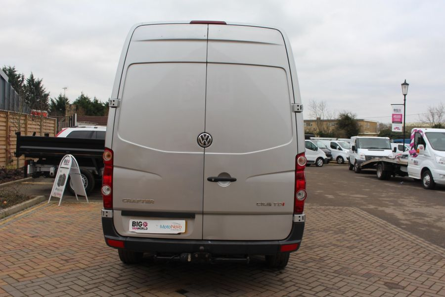 VOLKSWAGEN CRAFTER CR35 TDI MWB HIGH ROOF - 7130 - 6