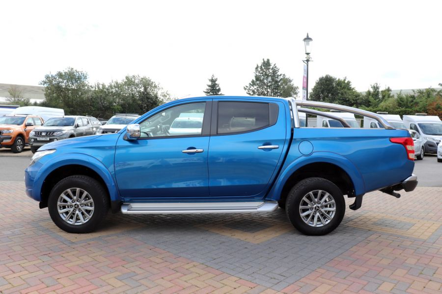 MITSUBISHI L200 DI-D 178 4WD WARRIOR DOUBLE CAB WITH ROLL'N'LOCK TOP - 11123 - 9