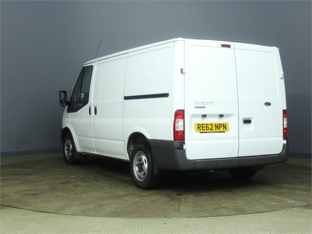 FORD TRANSIT 300 TDCI 100 SWB LOW ROOF FWD - 7264 - 4