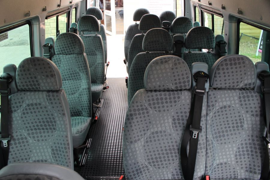 FORD TRANSIT 430 TDCI 135 HIGH ROOF 17 SEAT BUS - 5825 - 19