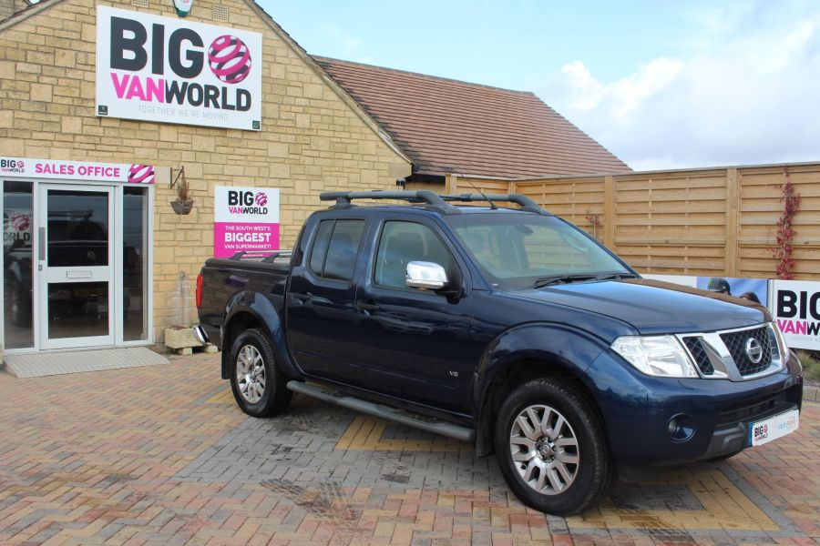 NISSAN NAVARA OUTLAW DCI 231 4X4 DOUBLE CAB WITH MOUNTAIN TOP - 7465 - 2