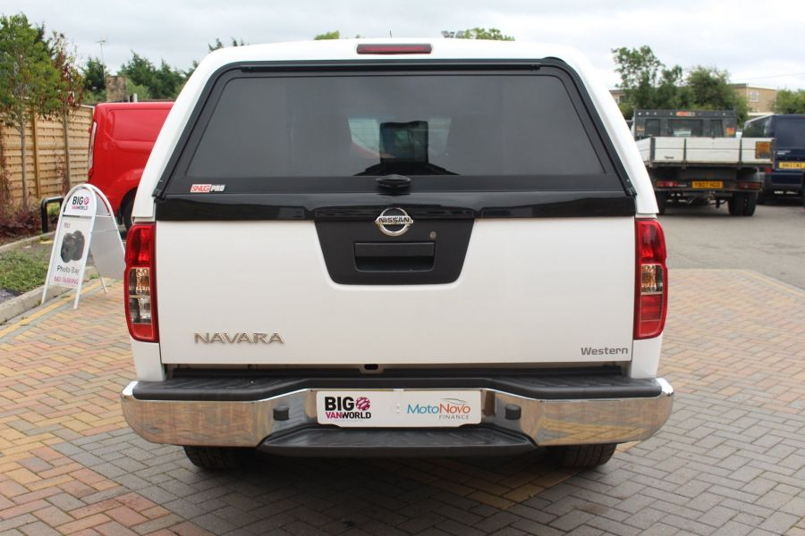NISSAN NAVARA DCI ACENTA 4X4 DOUBLE CAB WITH TRUCKMAN TOP - 6447 - 6
