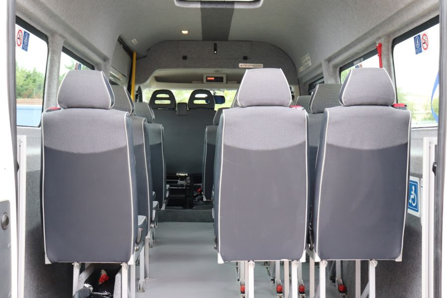 PEUGEOT BOXER 440 HDI 130 L4H2 17 SEAT BUS HIGH ROOF WITH WHEELCHAIR ACCESS - 9625 - 42