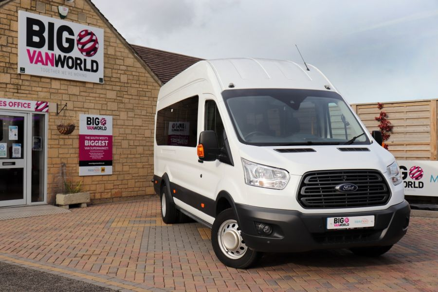 FORD TRANSIT 460 TDCI 125 L4H3 TREND 17 SEAT BUS HIGH ROOF DRW RWD - 11514 - 5