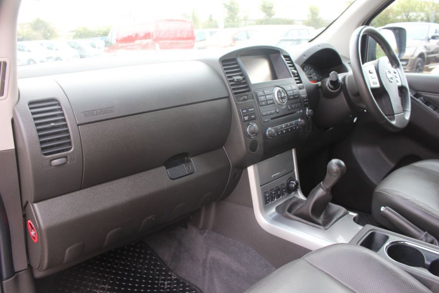 NISSAN NAVARA DCI 190 TEKNA CONNECT 4X4 DOUBLE CAB - 6839 - 22
