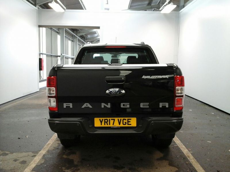 FORD RANGER WILDTRAK TDCI 200 4X4 DOUBLE CAB WITH ROLL'N'LOCK TOP - 9219 - 4