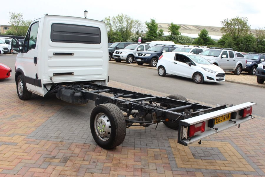 IVECO DAILY 35S11 SINGLE CAB CHASSIS CAB 3750 WB - 7590 - 7