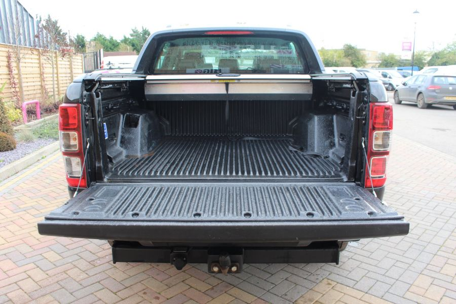 FORD RANGER WILDTRAK TDCI 200 4X4 DOUBLE CAB WITH ROLL'N'LOCK TOP - 6801 - 24