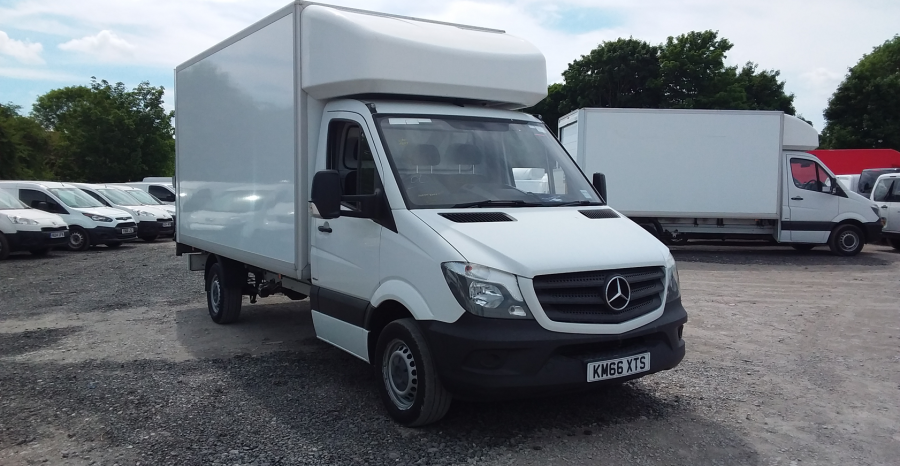 MERCEDES SPRINTER 314 CDI 140 LWB 'ONE STOP' LUTON WITH TAIL LIFT - 10777 - 1