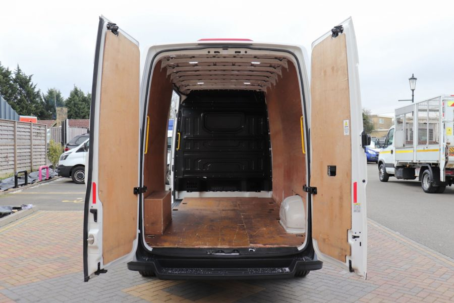 MAN TGE 3.140 4X2F SB LWB HIGH ROOF  (13830) - 11987 - 4