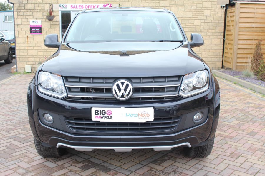VOLKSWAGEN AMAROK A32 BITDI 180 CANYON 4MOTION SPECIAL EDITION DOUBLE CAB AUTO WITH ROLL'N'LOCK TOP - 6869 - 9