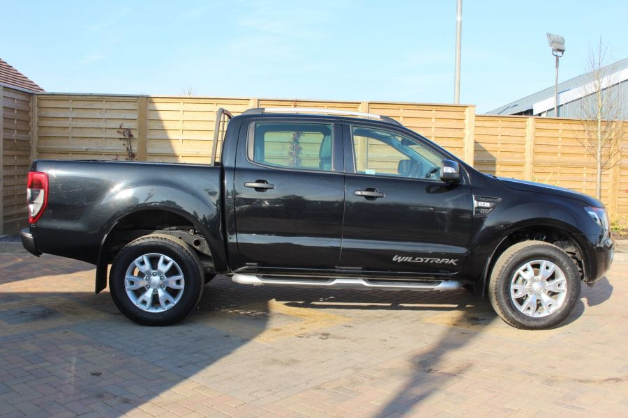 FORD RANGER WILDTRAK 4X4 TDCI 197 DOUBLE CAB - 7304 - 4