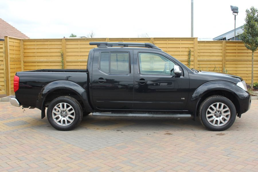 NISSAN NAVARA OUTLAW 3.0 DCI 231 4X4 DOUBLE CAB - 4546 - 3