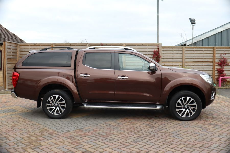 NISSAN NAVARA DCI 190 TEKNA 4X4  DOUBLE CAB WITH TRUCKMAN TOP AUTO - 10310 - 4
