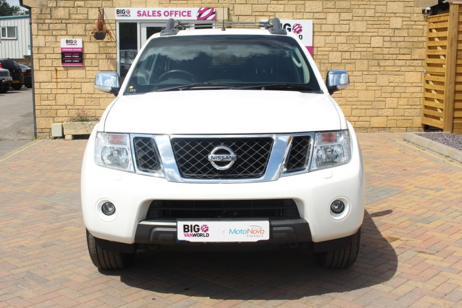 NISSAN NAVARA DCI 190 TEKNA CONNECT 4X4 DOUBLE CAB WITH SPORT TRUCKMAN TOP - 6296 - 9