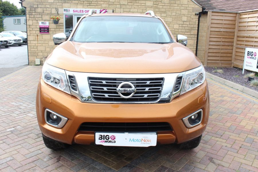 NISSAN NP300 NAVARA DCI 190 TEKNA 4X4 DOUBLE CAB WITH ROLL'N'LOCK TOP - 8313 - 9