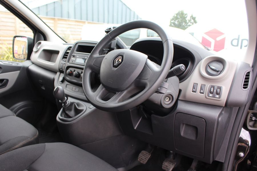 RENAULT TRAFIC SL27 DCI 115 BUSINESS PLUS SWB LOW ROOF - 9213 - 12